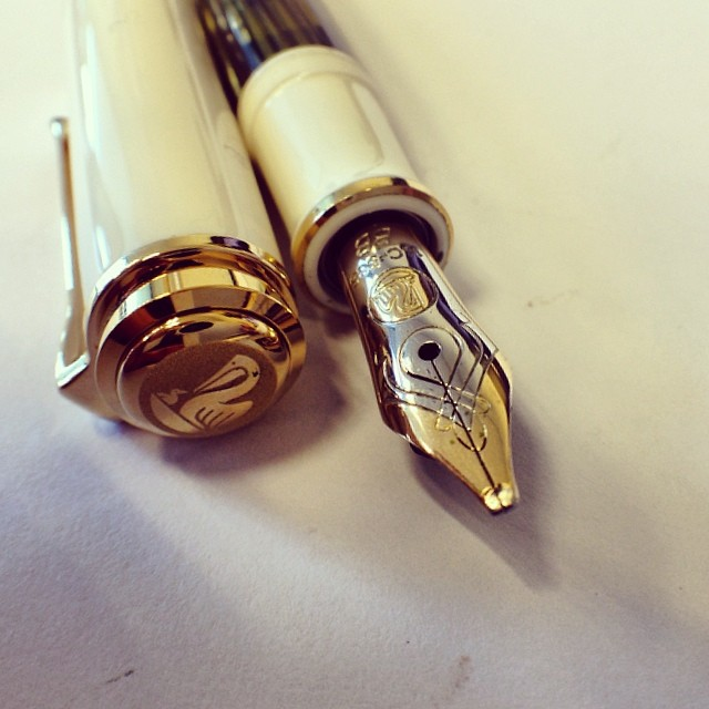 Pelikan M400 BB Stub by @classicfountainpens