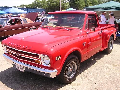 Chevrolet C-10 Stepside Pickup