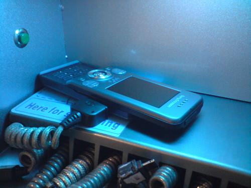 2721483437 d2711317c8 Kako ćemo u budućnosti puniti mobilne telefone?