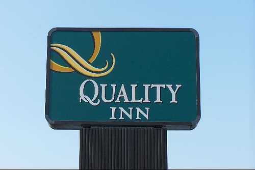 quality inn sign flickr photo sharing