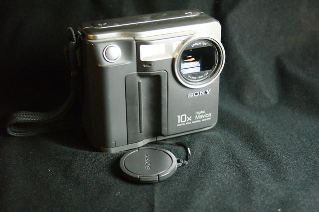 Sony Mavica MVC-FD7