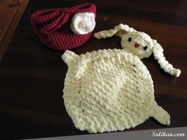 Bunny Blanket Buddy Knit Pattern : Bunny Blanket Buddy Flickr - Photo Sharing!