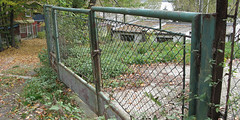 outdoor structure, home fencing, chain-link fencing, fence, yard, gate,