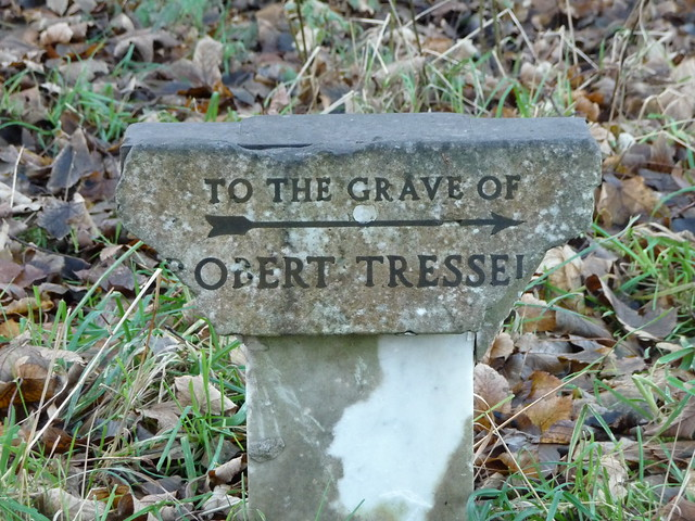 Tressell grave