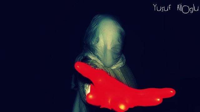 Hold My Hand ! ©