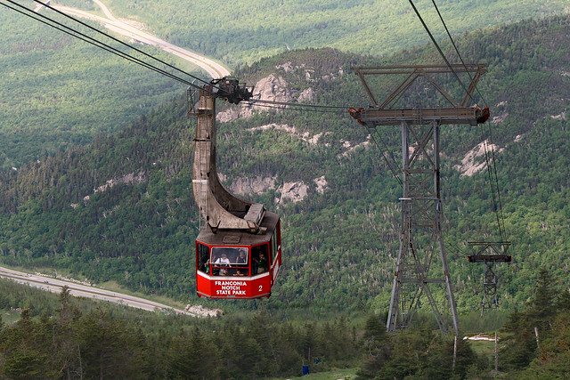 Cannon Mountain Aerial Tramway | Flickr - Photo Sharing!: https://www.flickr.com/photos/team_716_pwns/2604861463