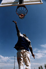 increase your vertical jump, Man playing basketball 1998