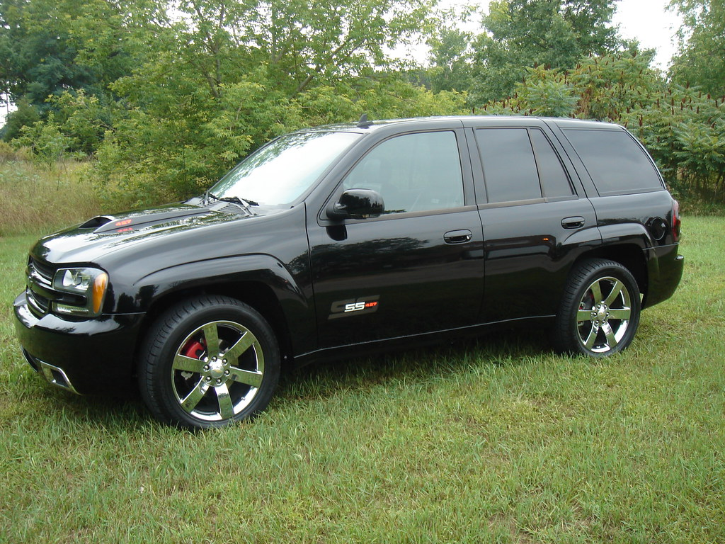 brembo covers pictures chevy trailblazer trailblazer ss and gmc envoy forum. Black Bedroom Furniture Sets. Home Design Ideas