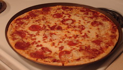 sicilian pizza(1.0), tarte flambã©e(1.0), pizza cheese(1.0), pizza(1.0), food(1.0), dish(1.0), cuisine(1.0), pepperoni(1.0),