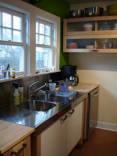 IKEA Varde Kitchen: apple green wall meets beeswax wall accent
