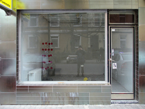 Kunstraum Grxxgs im Nordend. März 2006 --- grxxgs08257-korrekt