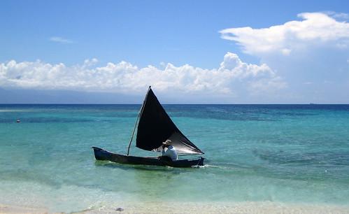 Honduras, Cayo Cochinos, Black Boat
