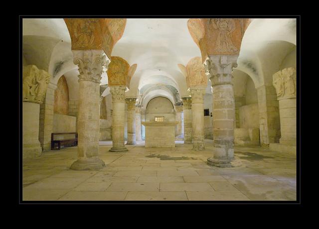 Crypt - Bayeux Cathedral (Cathédrale Notre-Dame de Bayeux)