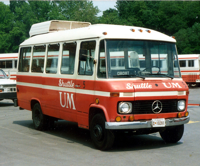 Photo for Mercedes benz shuttle