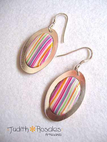 Pendientes arcoiris / Rainbow earrings.