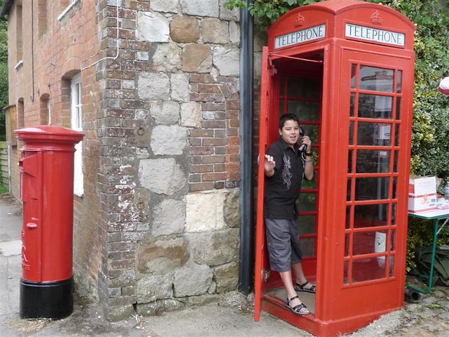 English Red Phone Box & Mailbox