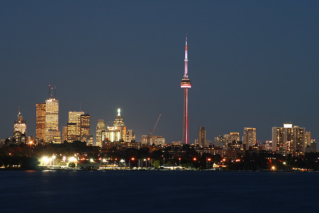 Ночной Торонто