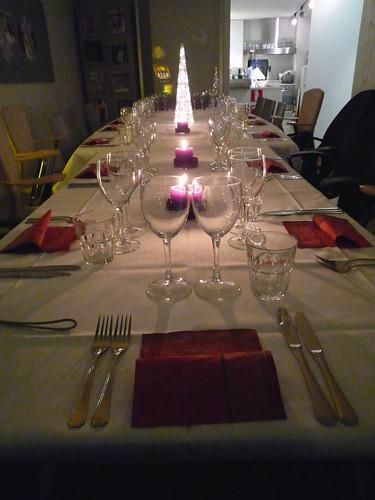 Una mesa de Pikkujoulu con estilo