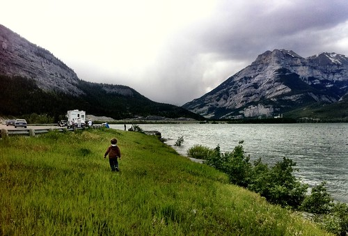 Geocaching at Lac Des Arcs