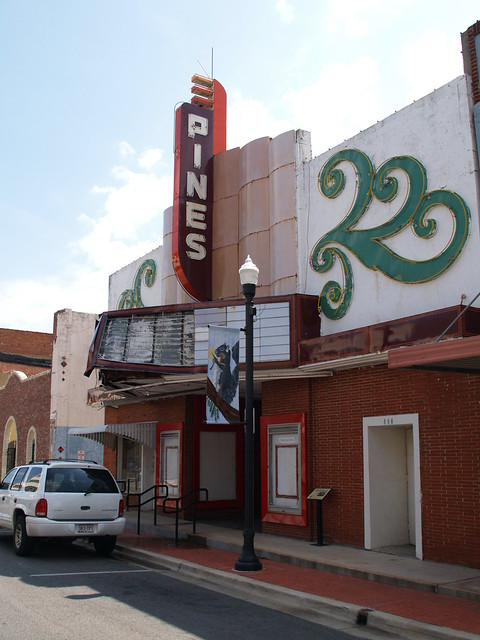 lufkin texas old small movie theater town square building