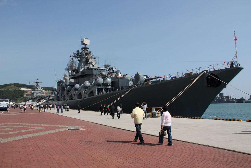 Vintage photographs of battleships, battlecruisers and ...  |Russian Navy Cruisers