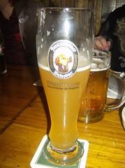 stout(0.0), compact car(0.0), ale(1.0), beer glass(1.0), pint glass(1.0), distilled beverage(1.0), liqueur(1.0), lager(1.0), beer cocktail(1.0), drink(1.0), pint (us)(1.0), beer(1.0), alcoholic beverage(1.0),