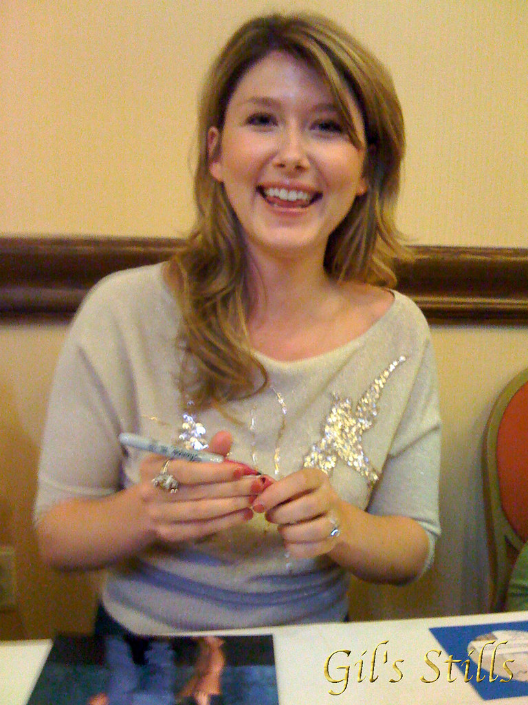 Jewel Staite at Shore Leave 30