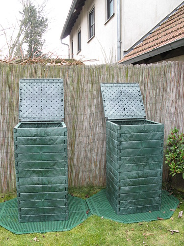 2 garden composters (on base for rat proofing)