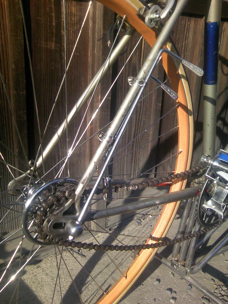 Fix Bent Rim >> HOW TO FIX A BENT BICYCLE RIM. A BENT BICYCLE RIM - 20 INCH WHEELS BIKE