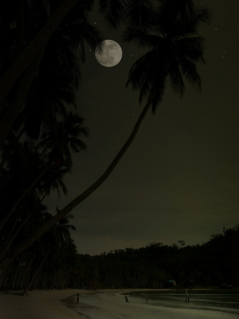 My own full moon party at Koh Kut