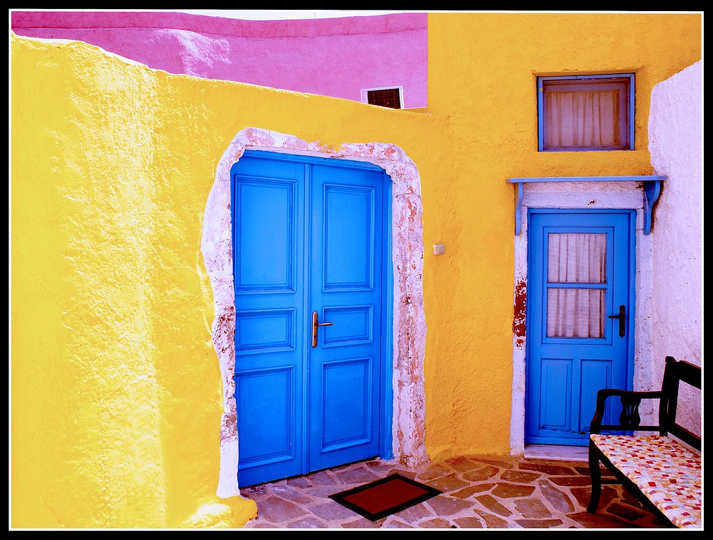 The Coloured House - La casa Colorata (Santorini)
