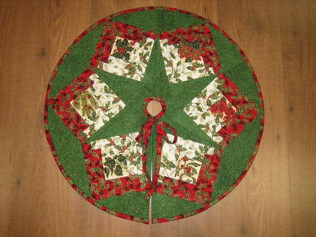 Falda para el arbol de navidad flickr photo sharing - Arbol tipico de navidad ...