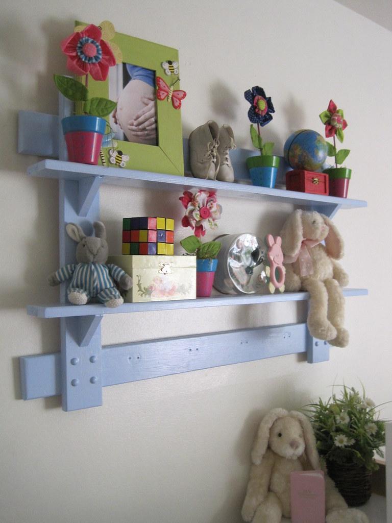 Modern Eccletic Girls Bedroom Shelves | Amy Gibson | Flickr