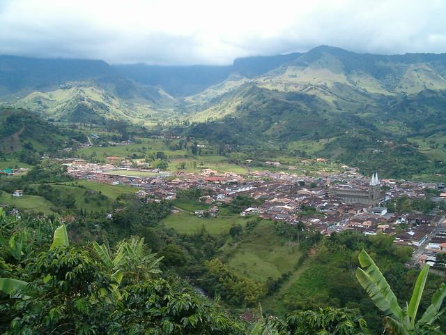 Jard n antioquia desde el telef rico de jardin by for Antioquia jardin