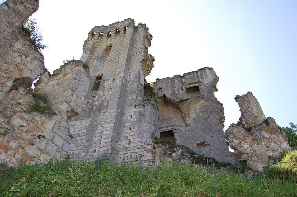 Ruinas Lavardin