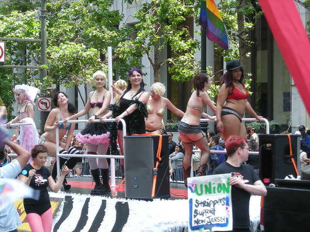 Lusty Lady Float in Pride Parade | The Lusty Lady is the onl ...: flickr.com/photos/fogcityfog/2719694795