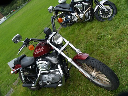 Harley Davidson Sportster 883 Motorbike