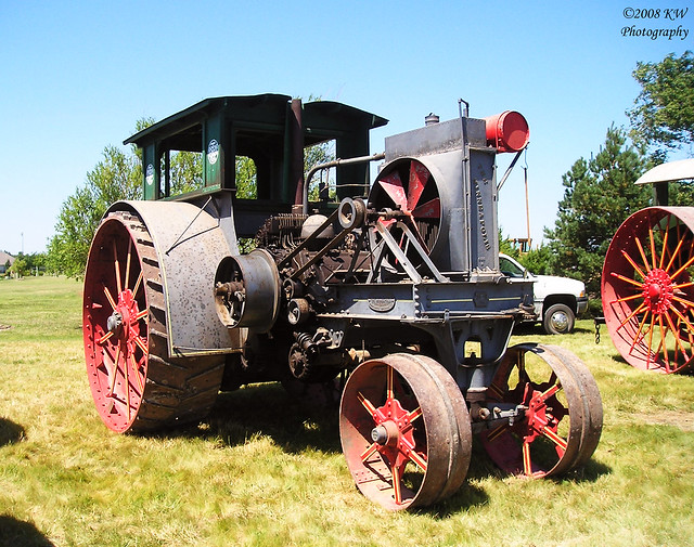 Yesterday's Tractors in Port Townsend | Yesterday's Tractors (360