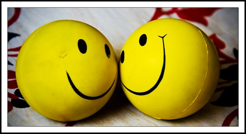 People seldom notice old clothes if you wear a big smile - Lee Mildon