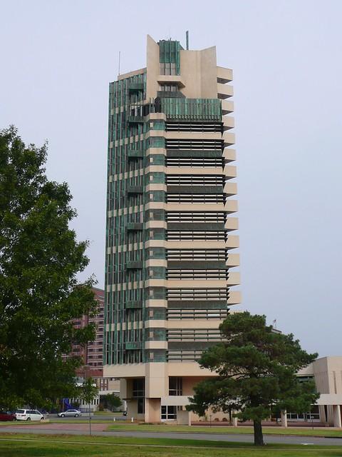 Bartlesville ok price tower 1 flickr photo sharing for Frank lloyd wright bartlesville