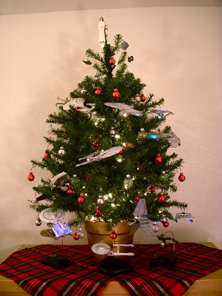 Starship Christmas Tree 1