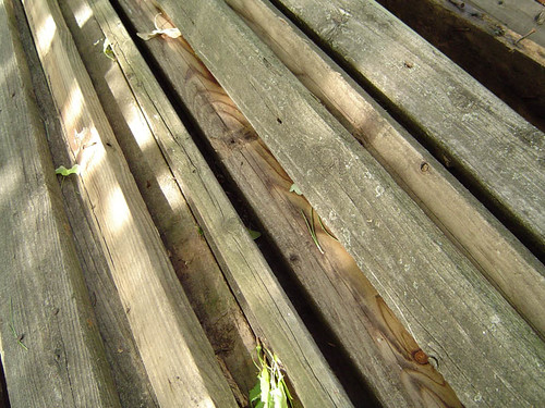 Deck boards cutting