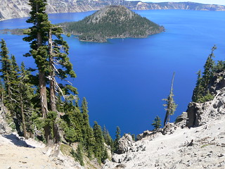 Wizard's island crater lake oregon