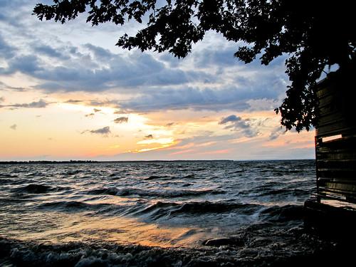 sunset lake ontario canada tree clouds waves lakesimcoe portbolster