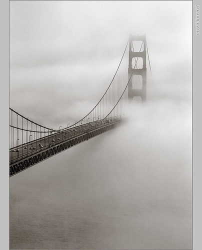 Everyone has a Golden Gate photo ... and here is one more