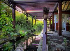 River boat station (HDR)