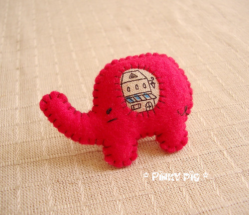 Little Elephant Brooch -  Little House