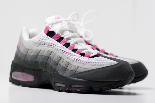wholesale dealer cea8c 4b328 hot pink air max 95
