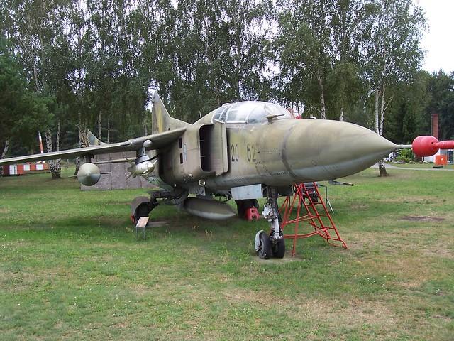 MiG-23UB