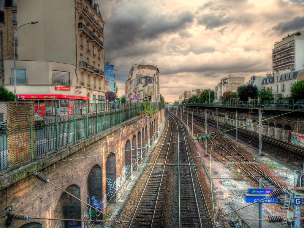 rail tracks in Bois-Colombes